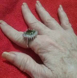 Jewelry - FINAL~ Lite green & clear stone